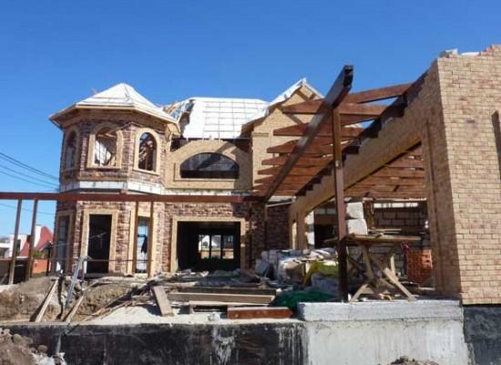 Покупка или постройка дома в Крыму?